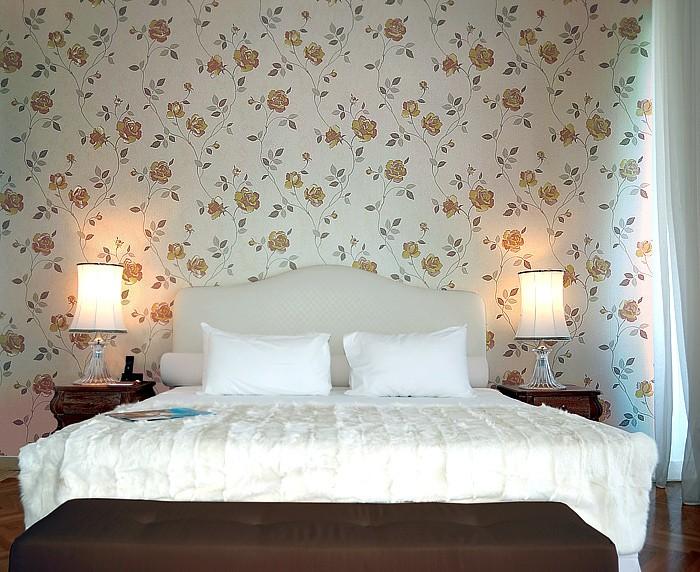 50 . Papier peint intissé de luxe motif floral Roses EDEM 913-34 ...